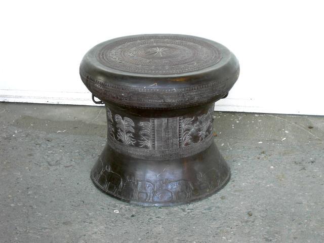 M bel opiumtische kleinm bel for Metalltisch rund